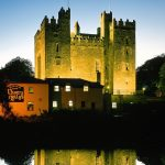 Night lighted castle wallpaper picture