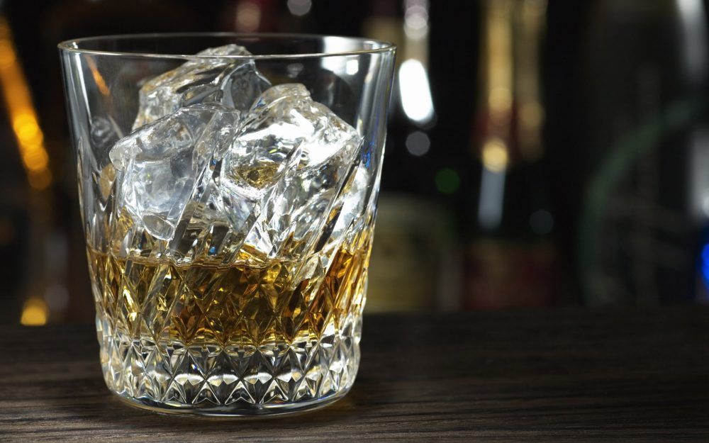 Whiskey with ice wallpaper