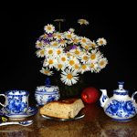 saucer, Zavarnik, apple, table, flowers, muffin, still life, spoon
