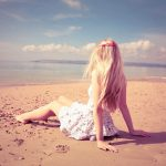 The girl on the beach hd wallpaper