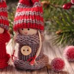 Winter dolls, sweaters, buttons, cute Christmas baby wallpapers