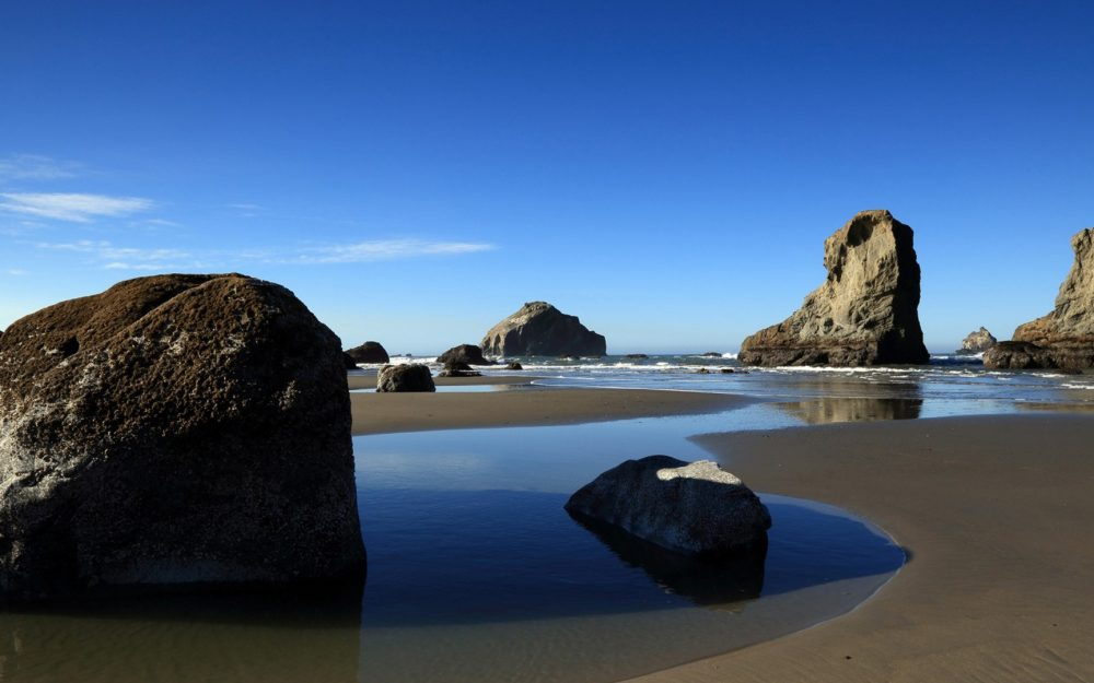 Beach stone beach scenery wallpaper