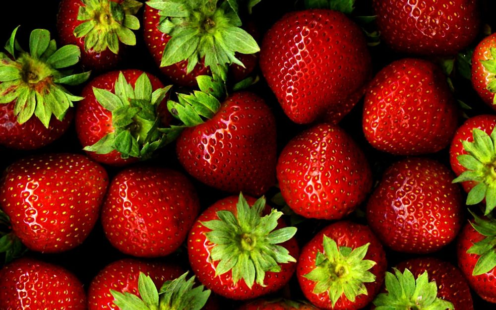 Strawberry with greens
