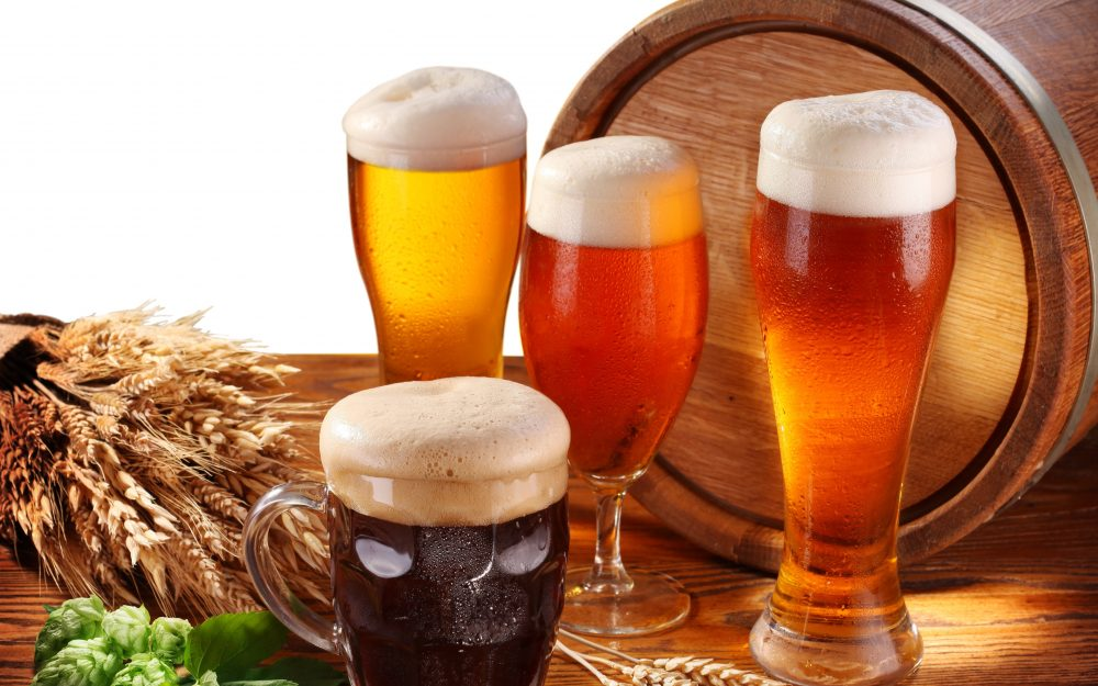 barrel, mug, hops, glass, table, beer, ears, glasses