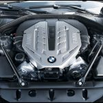 Bmw 7 series 2009 v8 engine