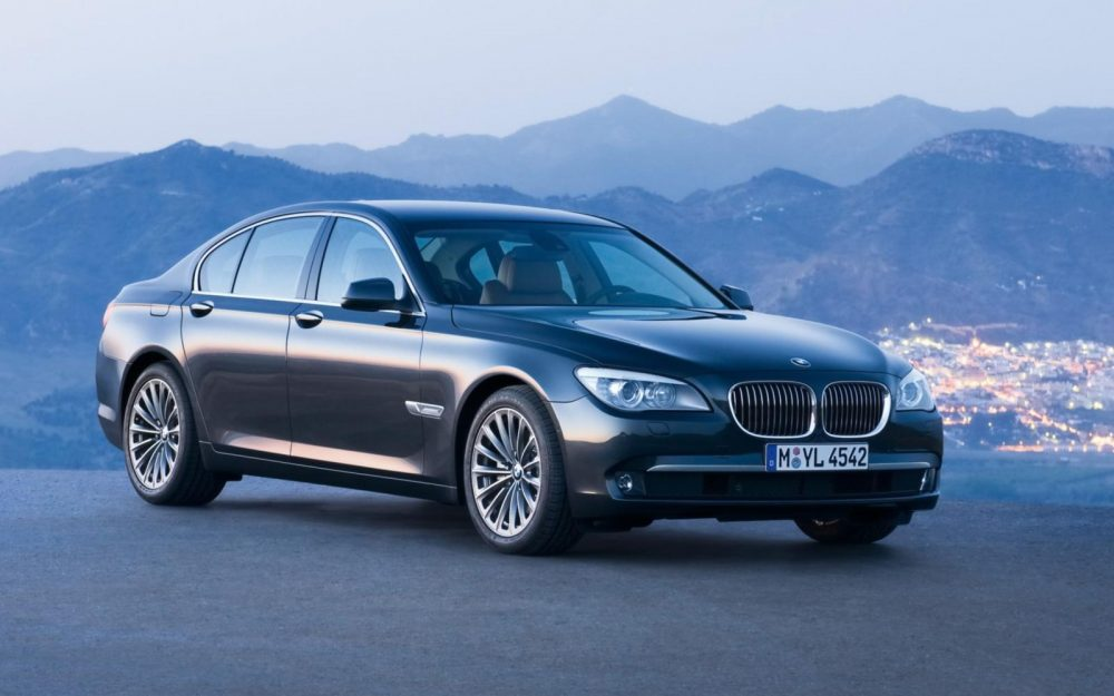 Bmw 7 series 2009 black front angle