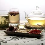 Tea and dried fruit