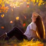 Girl with long hair, autumn leaves, grass, people pictures, wallpaper