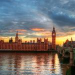 London's famous architectural landscape wallpaper