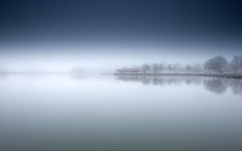 Lake, mist, trees landscape wallpaper
