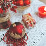 Candle, ball, christmas decorations wallpaper