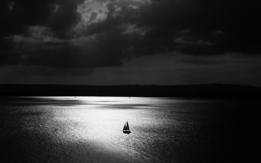 Night, lonely, sail