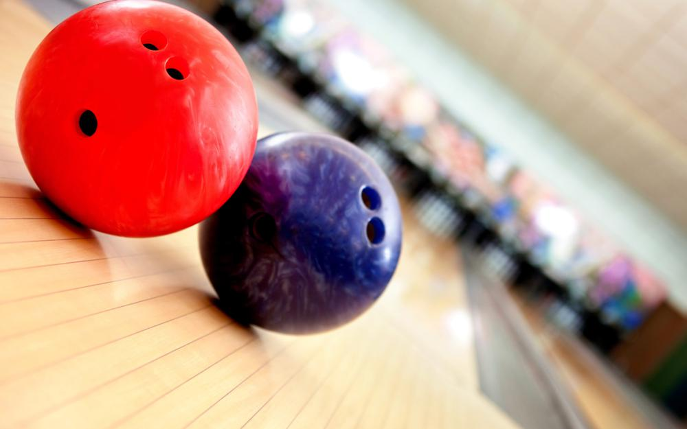 Bowling, game, balls desktop background