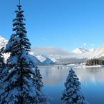 Winter, sky, mountains, lake, trees, snow-capped mountains, natural scenery wallpaper