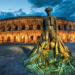 Statue by the colosseum hd wallpaper
