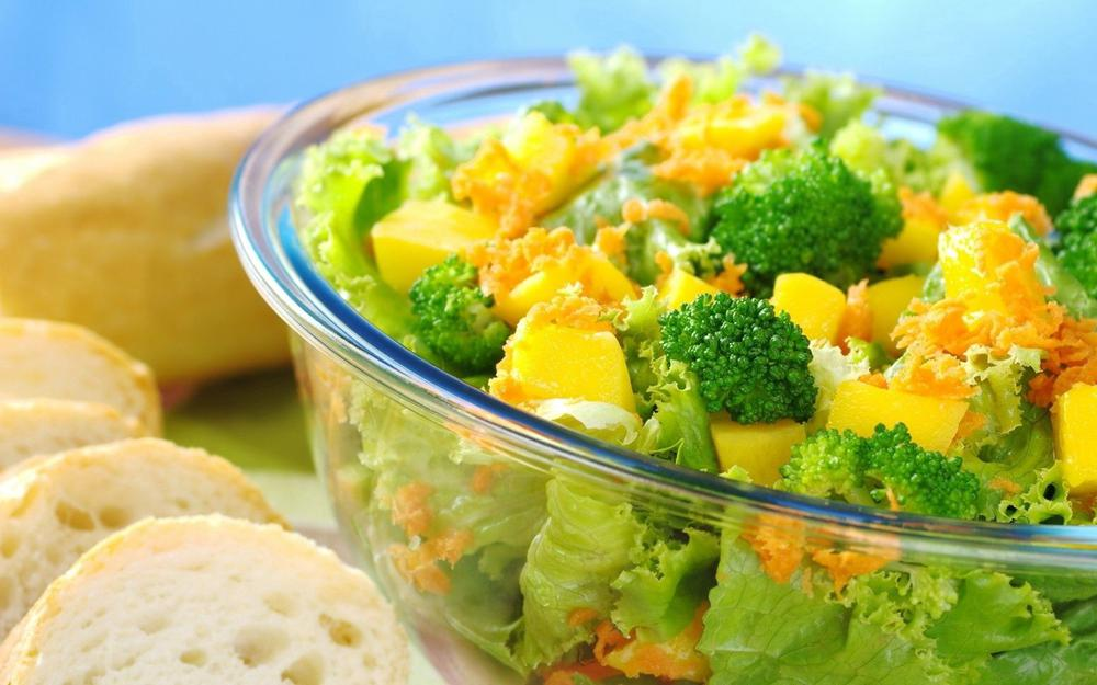 Salad, vegetables, bread wallpaper