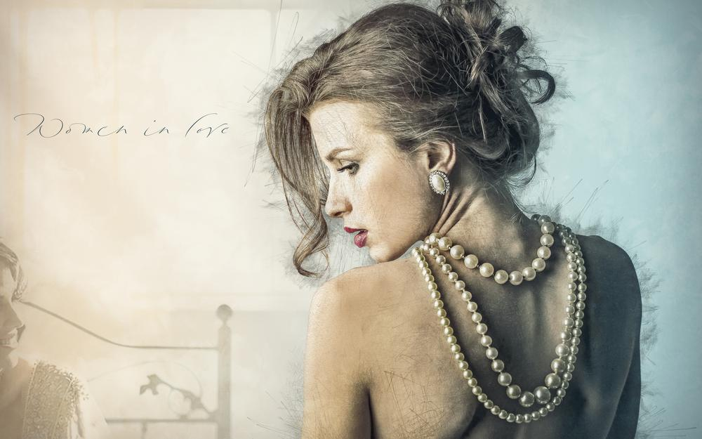 Hairstyle, back, necklace