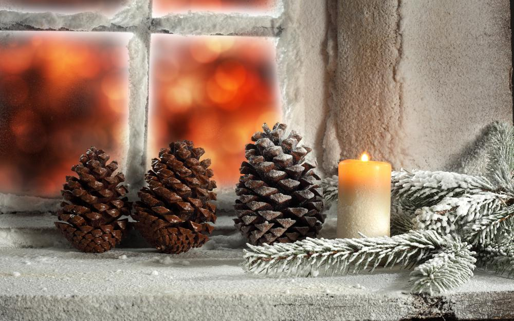 Cones window candle desktop wallpaper