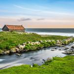 Seaside landscape house sea desktop wallpaper