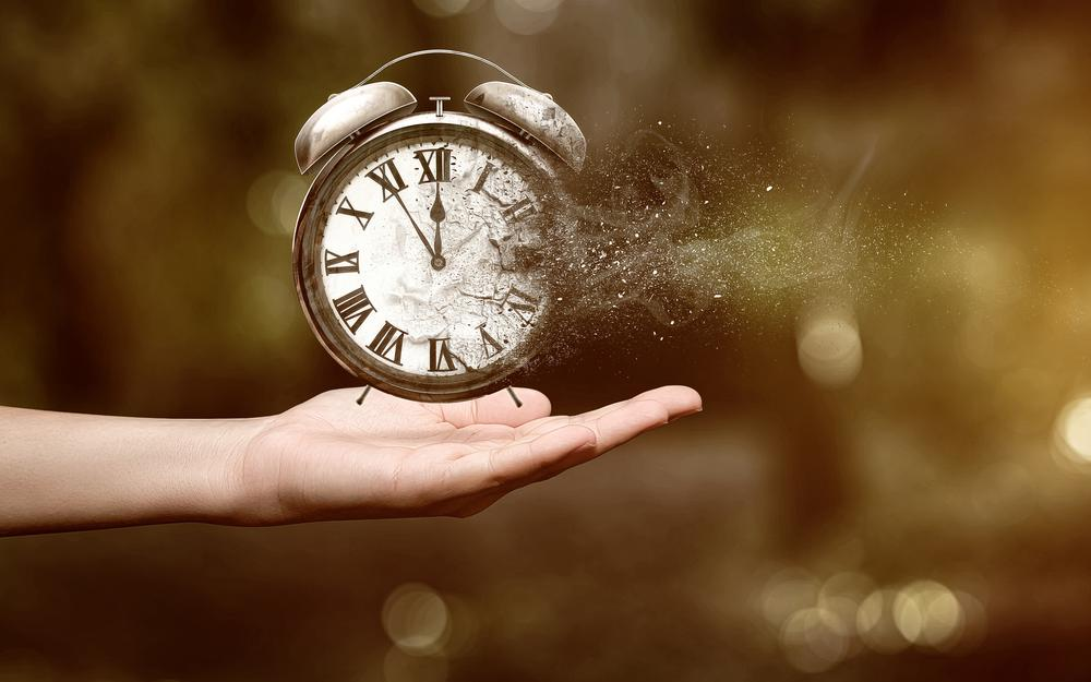 Hours, time lost, lack of time, disappear, seconds, minutes