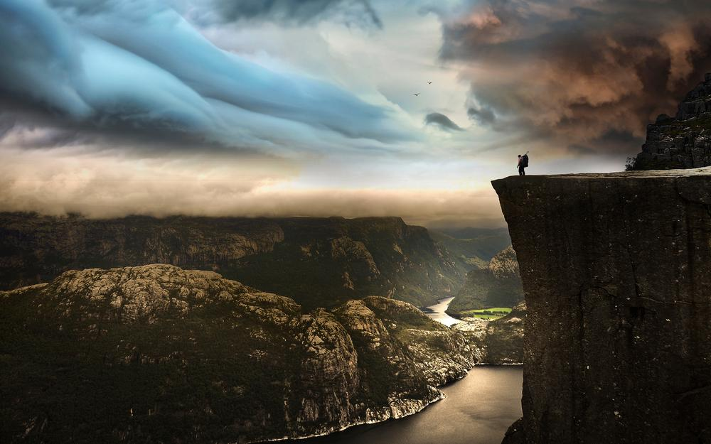 Norway travel 604 meters cliff edge 2k desktop wallpaper