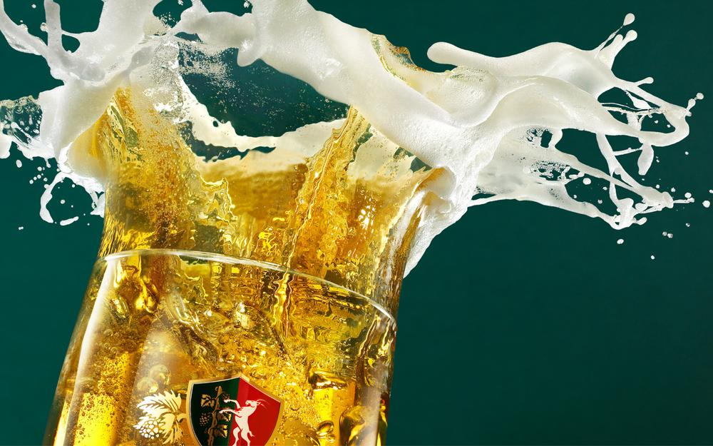 Splashes, foam, perla, glass, background, beer