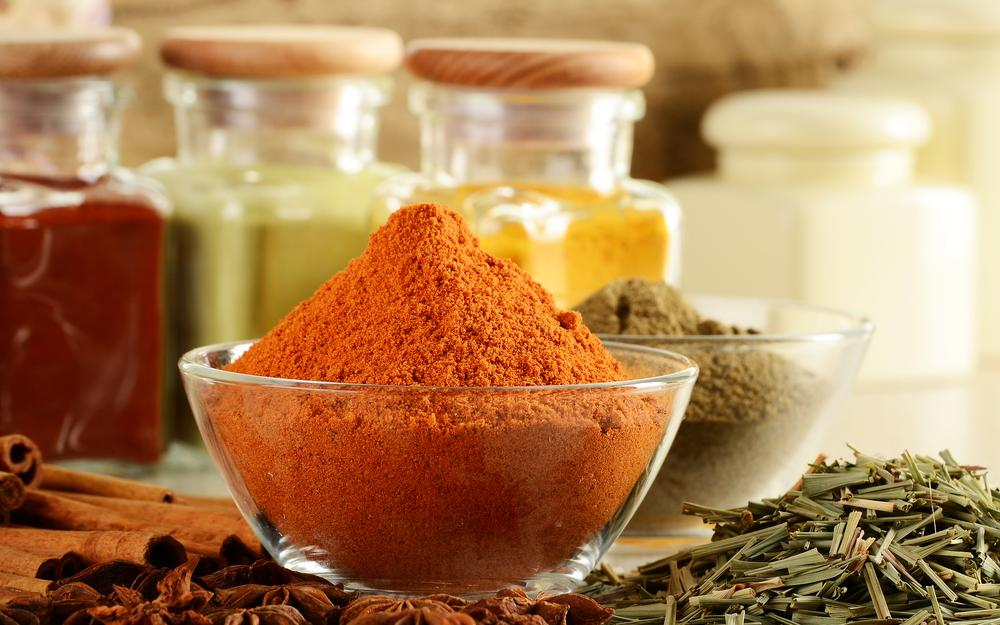 Seasonings, red pepper, plates, spices, spices, cinnamon, badyan