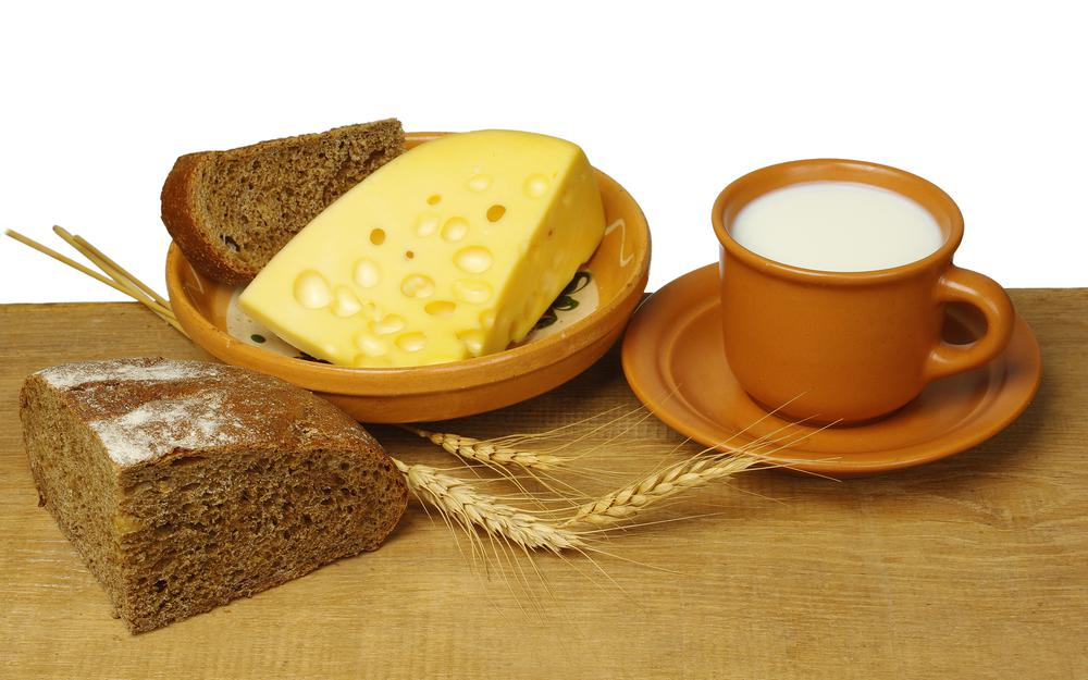 Black bread, cheese, saucer, plate, appetizing, milk, cup