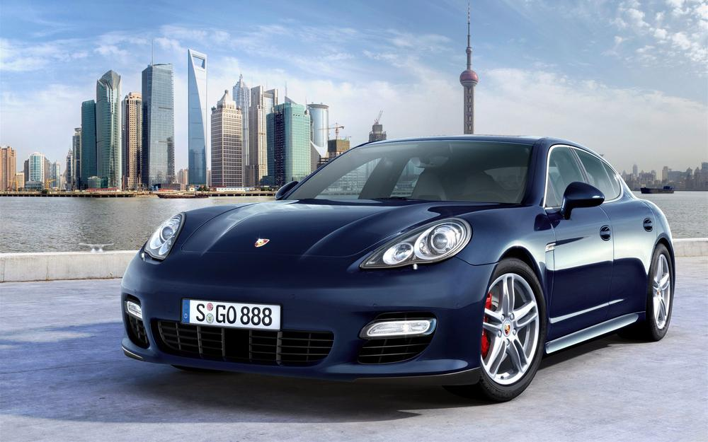 Porshe in toronto wallpaper