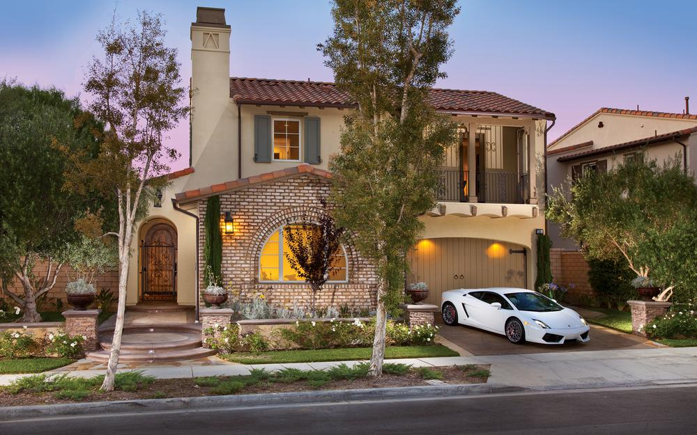 House with lamborgini.
