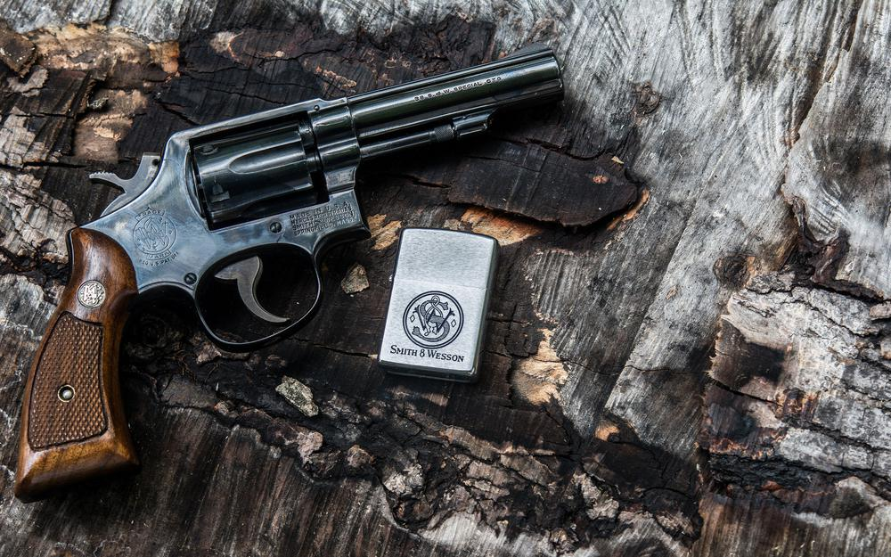 Lighter, smith & amp; wesson, revolver, background, trunk, handle, weapon