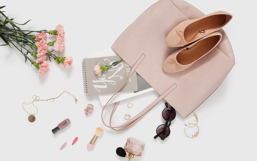 Style, shoes, cosmetics, glasses, bag, flowers, decoration, perfume