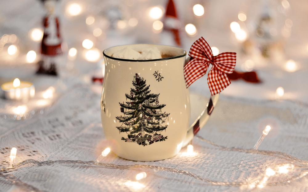 Garland, new year, cup