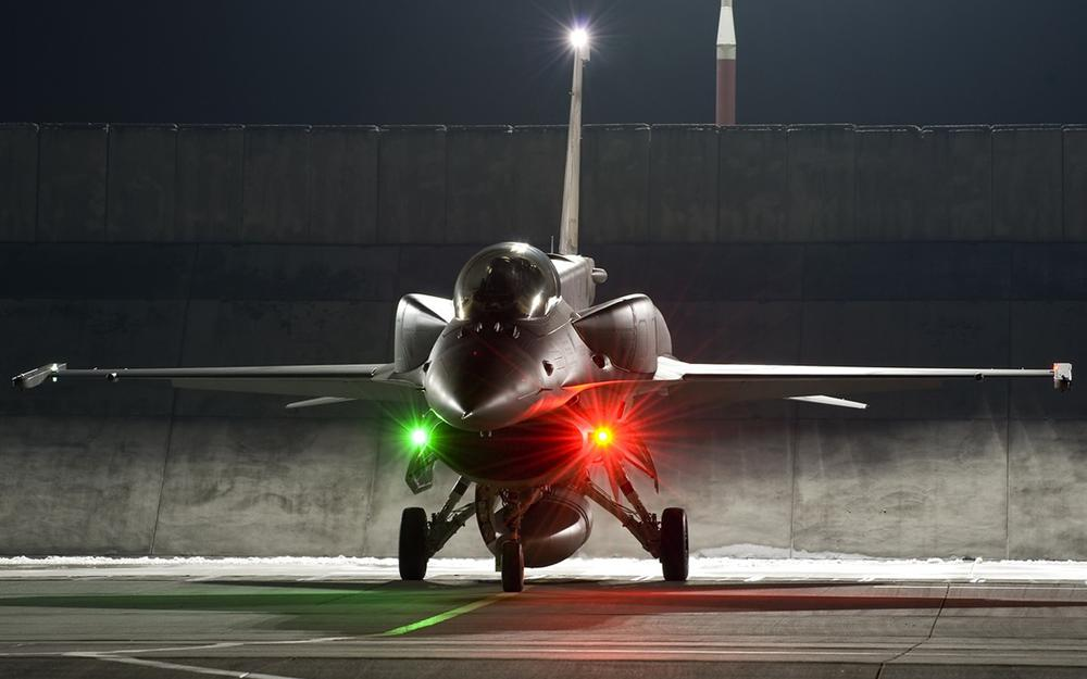Fighter, f-16, supersonic