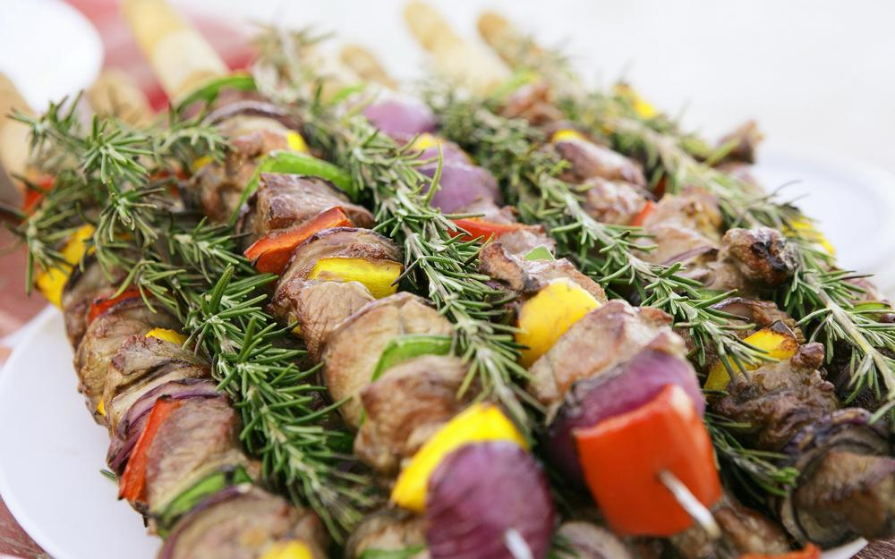 Skewer with cheese