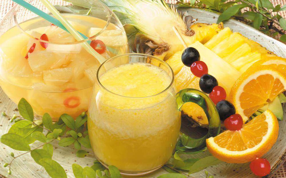 Juices from orange and pineapple hd wallpaper