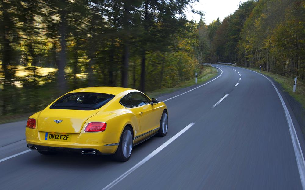 Continental, yellow, suite, bentley, in motion