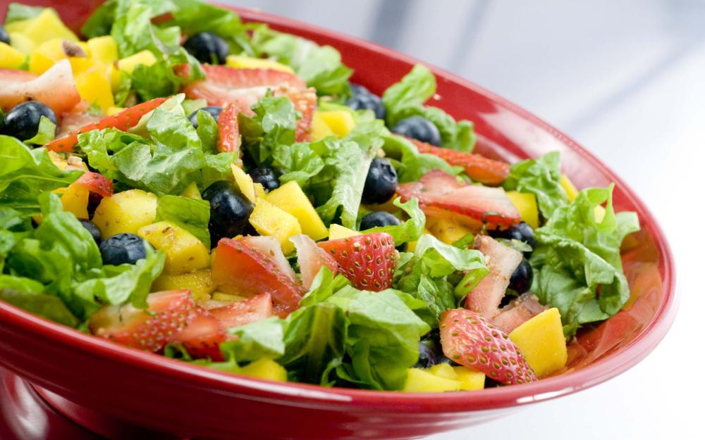 Salad of greens and berries